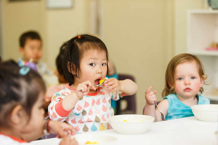 Young children eating healthy food at A Step Ahead Ringwood